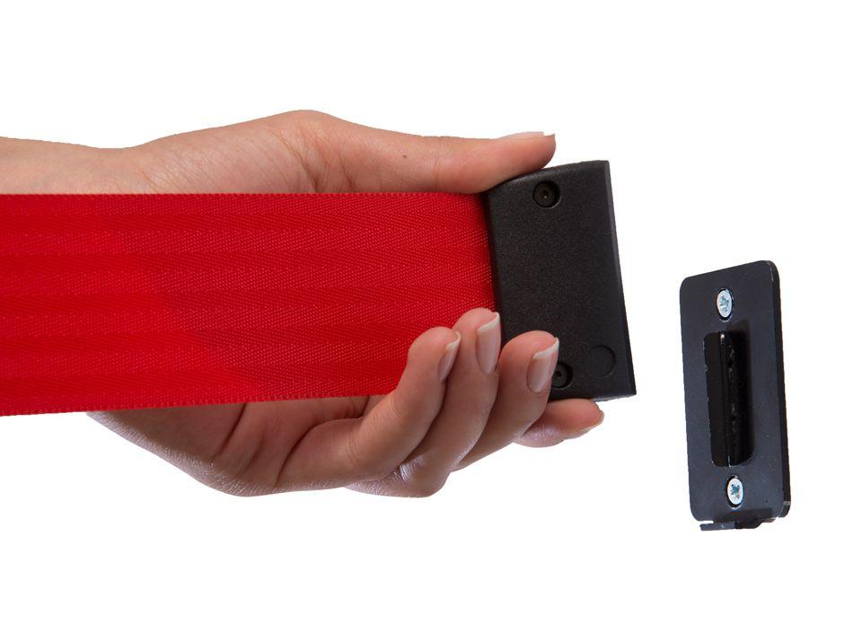 Koncový nástěnný úchyt pro pásku bariéry Q belt