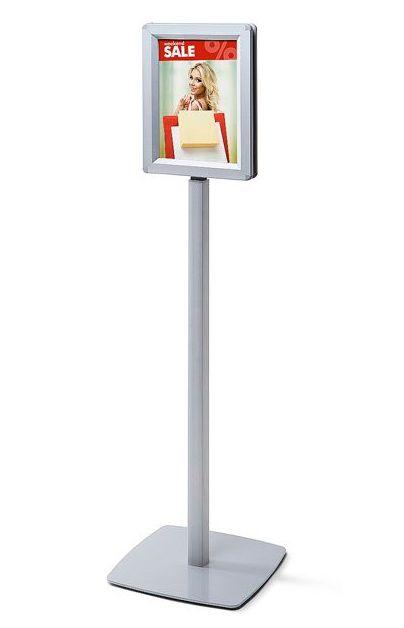 Oboustranný informační stojan s klaprámem A4