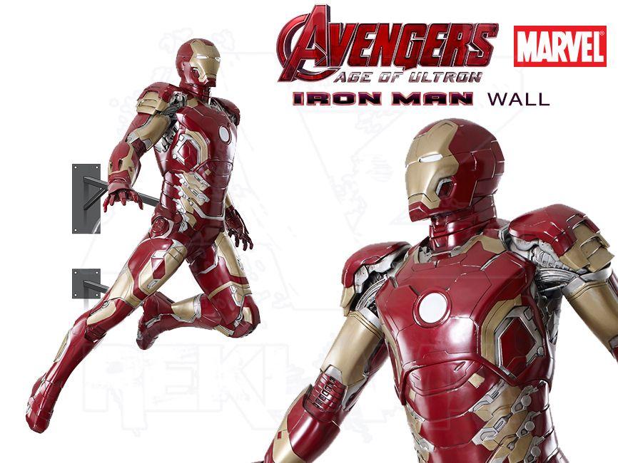 Filmová Figura v životní velikosti - IRON MAN letící na stěnu - Avengers 2 Age of Ultron