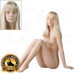 Lia 14 let s hlavou pro paruku Tělová