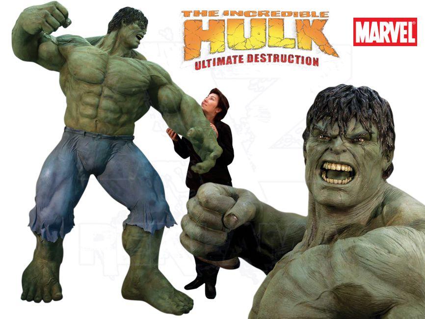 Filmová Figura v životní velikosti - Neuvěřitelný Hulk - výška 240 cm