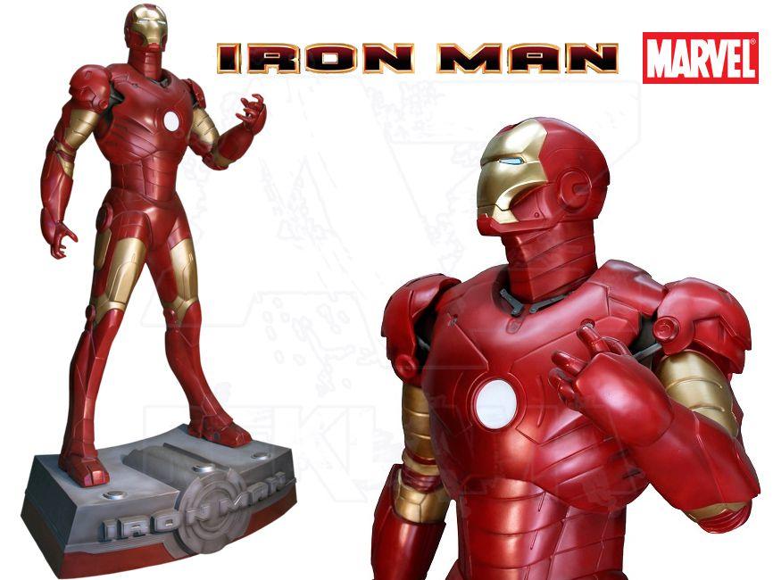 Filmová Figura v životní velikosti se základnou - IRON MAN 1